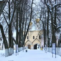 зима в монастыре :: Сергей Кочнев