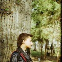 Портрет юноши с фотоаппаратом :: Евгений Золотаев