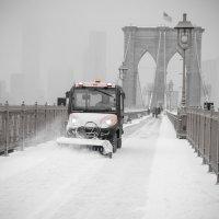 Снегопад. Бруклинский мост. :: Сергей Вахов