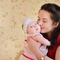 Алиса и самая счастливая Анютка :: Надежда Пляскина