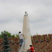 г.Елабуга. Памятник В.И.Ленину. :: Сергей Крюков