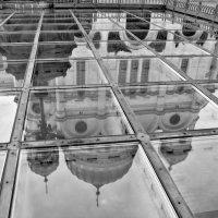 Храм Христа Спасителя. Отражение. :: Екатерина Рябинина