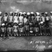 Раньше нас детей Подмосковья отправляли в п /лагеря в Анапу,мы грелись на солнышке и купались в море :: Ольга Кривых