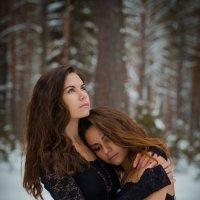 Одни в лесу... :: Владимир Belov