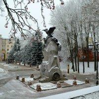 Памятник с орлами :: Милешкин Владимир Алексеевич