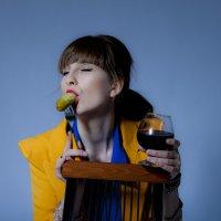 Вкуснятина с красным вином. :: Виктор Твердун