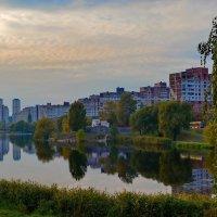 Начало октября в спальном районе :: Валентина Данилова