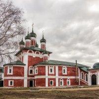 Смоленская церковь Богоявленского монастыря :: Марина Назарова