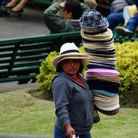 Кому шляпку? :: Igor Khmelev