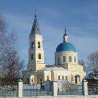 у храма :: Яна Сюткина