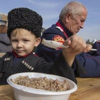 Маленький Казак и Гречневая Каша :: Алексадр Мякшин