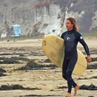 Серфингист на Pismo Beach :: Алексей Меринов