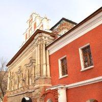 Трапезная Тихвинской церкви :: Владимир Болдырев