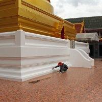 Таиланд. Бангкок. Ремонт ступы :: Владимир Шибинский