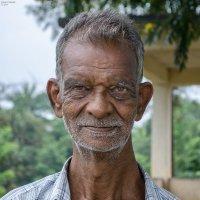 Таксист из Канди. :: Edward J.Berelet