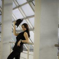 Девушка в черном :: Оля Пинчукова