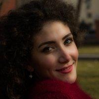 Curly :: Karen Khachaturov