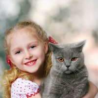 Девочка с котом :: Лариса Кайченкова