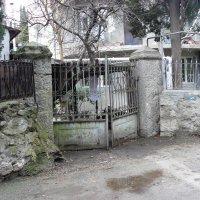 Ялта-Старый дворик :: Александр Костьянов