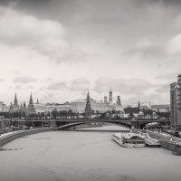 Город на реке :: Владимир Печенкин