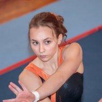 Портрет гимнастки 2 :: Евгений Никифоров