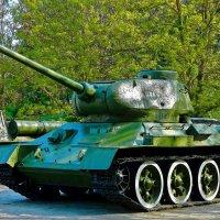 Т - 34 :: Александр Корчемный