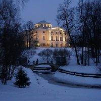 Дворец зажигает огни :: Валентина Папилова