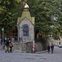 Верхняя и нижняя улица :: Александр Рябчиков