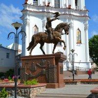 Памятник князю Ольгерду :: Милешкин Владимир Алексеевич