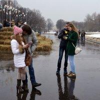Дождь влюблённым не помеха. :: Владимир Болдырев