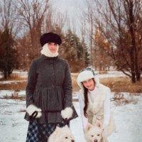 На прогулке с собаками :: Оксана Артюхова