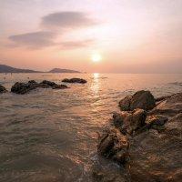 северная часть пляжа Патонг :: Дамир Белоколенко