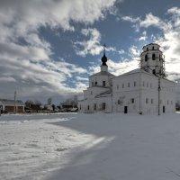 Небеса упадут на снег... :: Татьяна Сухова