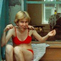 Портрет Инны Батраевой на даче :: Юрий А. Денисов