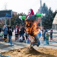 с огоньком :: Юрий Андреев