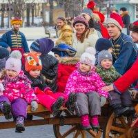 дети на празднике :: Дмитрий Сушкин