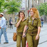Защитницы отечества или Наши девчонки нас берегут. :: M Marikfoto