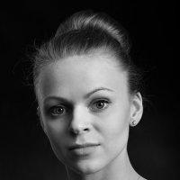 Студийный портрет ч/б :: Анатолий Тимофеев