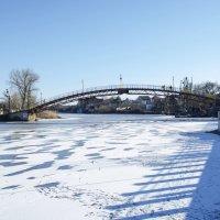 Скованная льдом Самара :: Ксения Довгопол