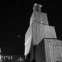 Ватник для башни. :: Сергей Наумов