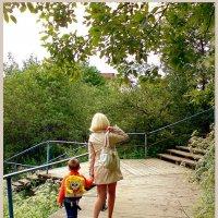 На перекрёстке уличной лестницы... :: Кай-8 (Ярослав) Забелин
