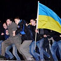 У Чернівцях показали виставу «Революція гідності. Як то було ... :: Степан Карачко