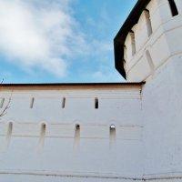 Бойницы монастырских стен :: Светлана Лысенко