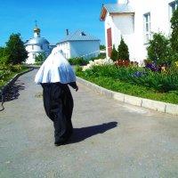 Пожилая монахиня :: Владимир Ростовский