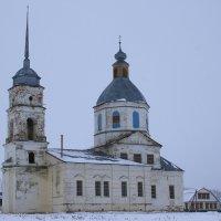 Заброшенный  Храм. :: Валерия  Полещикова