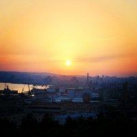 Закат солнца в Баку. 2013 год :: Эрик Делиев