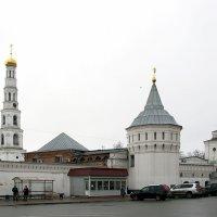 Вид на Николо-угрешный монастырь :: Игорь Егоров
