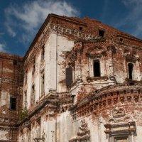 Далматовский монастырь, то что осталось... :: Евгений Косых