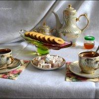 Согревает, освежает, чай нас заново рождает. :: Anna Gornostayeva
