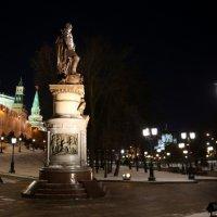 новый памятник Александру в столице :: Олег Лукьянов
